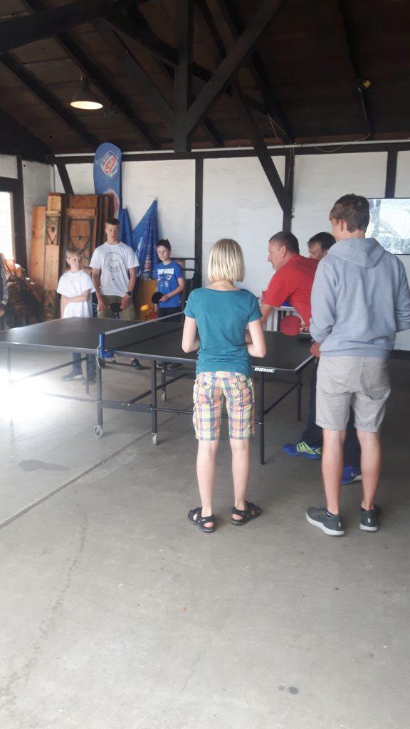 Die Jugend des SSVaW beim Tischtennis