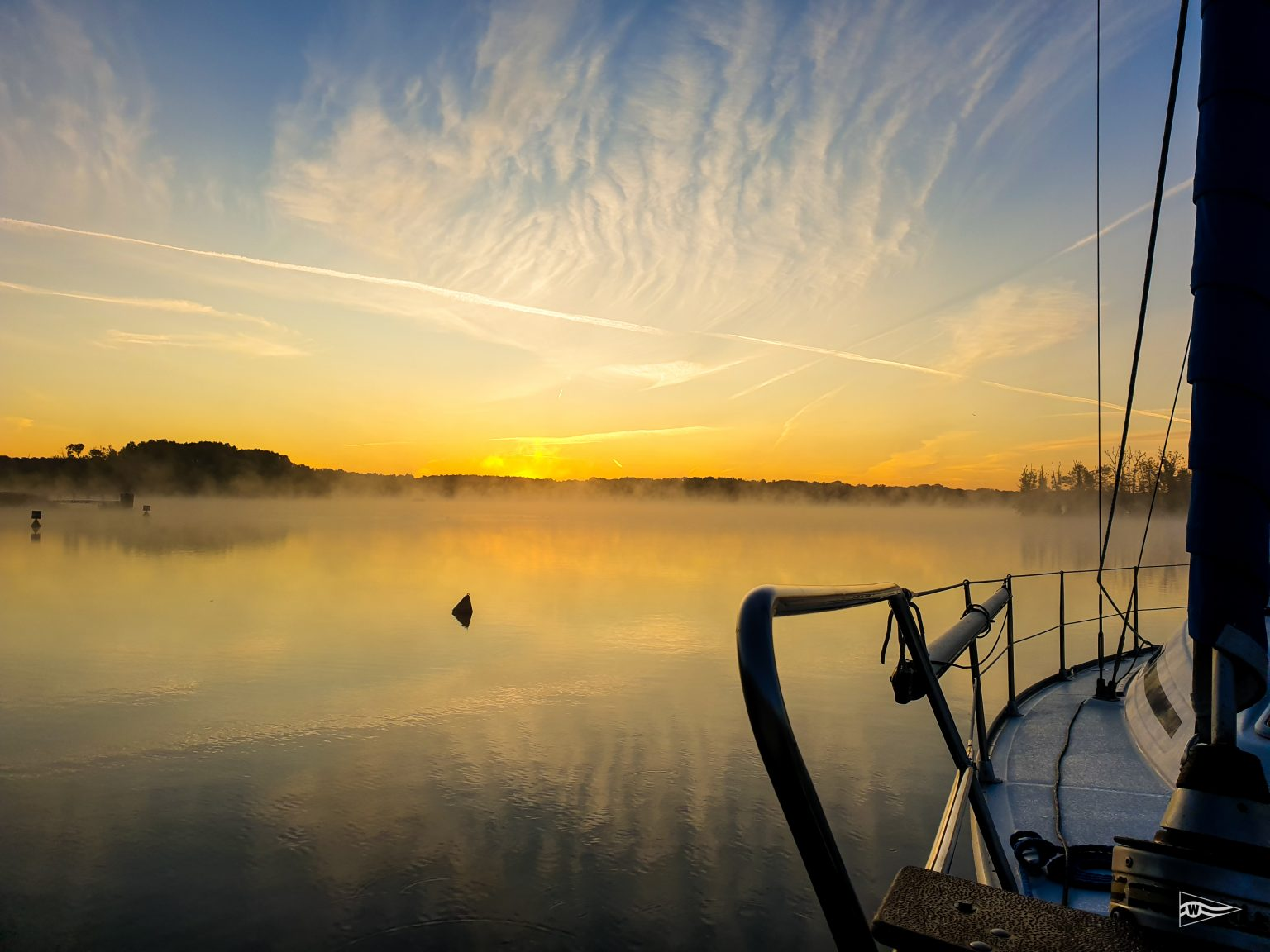 Morgentau auf dem See